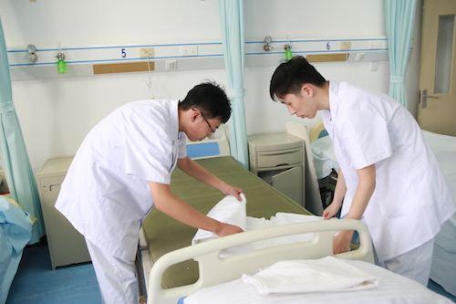 成都金沙医护职业技术学校护理专业
