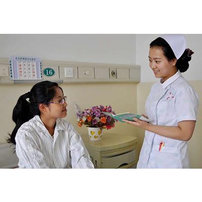 成都铁路卫生学校(高级护理专业)招生分数线